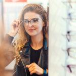 Wybieram nowe okulary! Optyk radzi, jaki kształt imateriał pasuje do twarzy